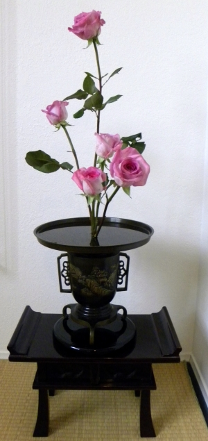 Rose Ikebana-web